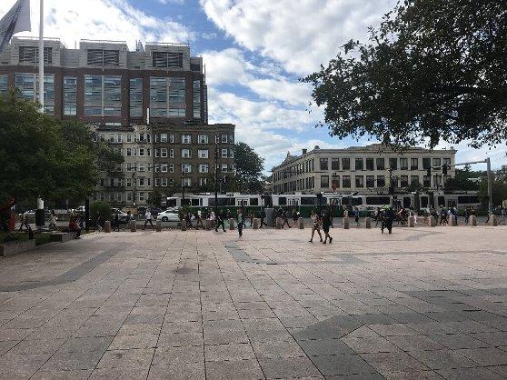 ボストン大学の学生の通学風景