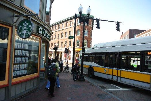 地下鉄ハーバード駅周辺の写真