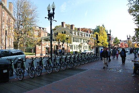 留学生活(暮らし)の魅力2:学生街の雰囲気