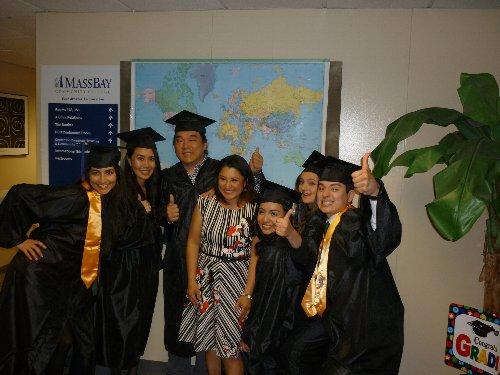 コミュニティカレッジの卒業式の写真