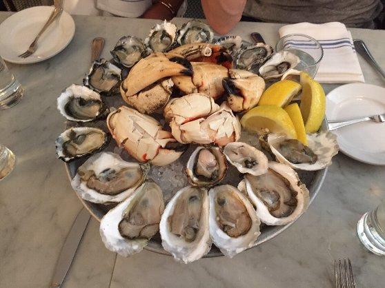 留学の魅力10:留学体験者おススメのレストランの料理です