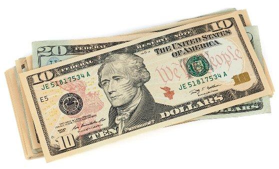 ボストン留学に持参する現金の金額は?