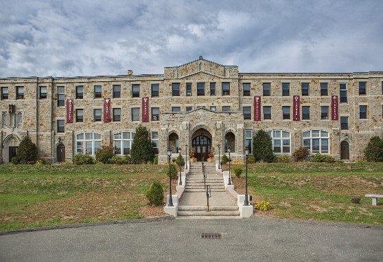 アメリカの高校:MacDuffie 2