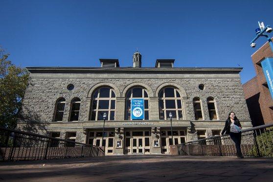 カレッジの建物の紹介
