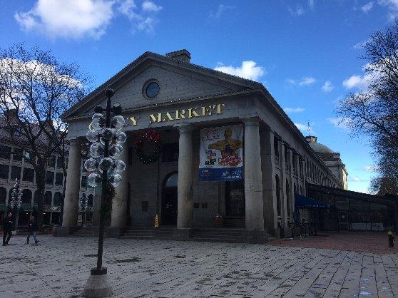 ボストンの観光名所、クインシーマーケット